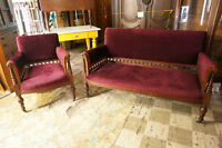 ENSEMBLE CAUSEUSE ET FAUTEUIL EAST LAKE**ANTIQUITES DESCHAMBAULT