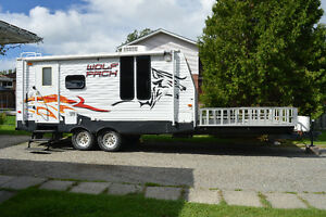 2009 - Wolf Pack 24ft Toy Hauler Travel Trailer