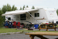 29Y Jayco Feather Ultra Light Trailer Under 6000 lbs - REDUCED!