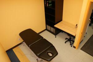 Bureau à louer dans une clinique de physiothérapie à Ste-Julie