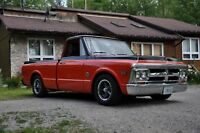 1971 GMC shortbox pickup
