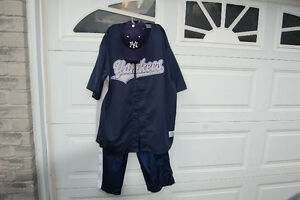 New York Yankee's Derek Jeter Uniform/ Costume