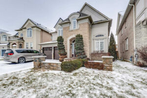 Aprx 2700 Sq Ft., 4 Bedroom Detached, Come & Check Out