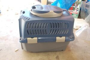 Dog Kennel/Crate For Intermediate Sized Dog (Like New)
