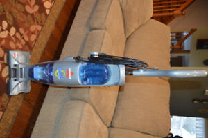 Bissell Flip (wet and dry) Hard Floor Cleaner...like new