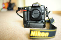Nikon D80 (body)+grip+2 batteries+charger+Manfrotto tripod