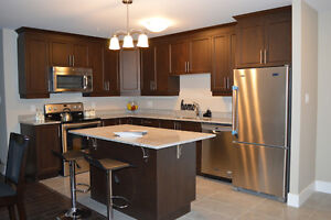 2 BED 2 BATH FOR RENT! BEDFORD-HEAT & HOT WATER Incl!