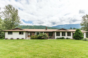 2478 Hallfish Road, Sicamous - Gentleman's Horse Ranch