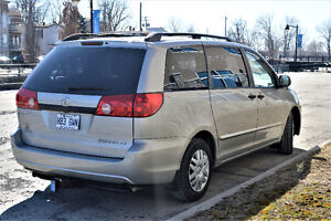 Toyota Sienna, full warranty, 7 passenger, 118.000 km