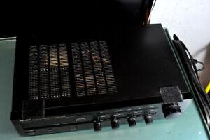 Denon DRA-325R Precision / AM-FM Stereo Receiver