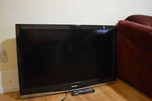 """40"""" Sharp TV - HDMI Compatible - No stand - Pick up only"""