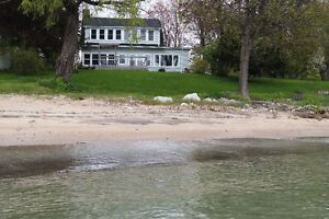KiNGSVILLE - THIS BEACHFRONT GEM HAS IT ALL!!!