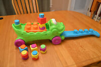 Fisher Price Stack and Surprise Musical Croc Wagon