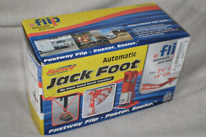 Fastway Automatic Jack Foot Trailer Aid Kingston Kingston Area image 1