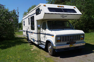 28' Ford Royal Classic Motorhome