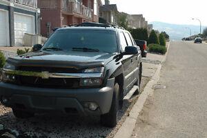 2001 Chevrolet Avalanche Pickup Truck