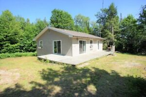 Birch Cottage on Dear Lake, Parry Sound For Rent