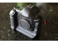 Immaculate Canon EOS 1D Mk IV
