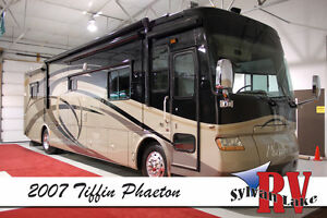 2007 Tiffin Phaeton – A Tourist Attraction You Can Take With You