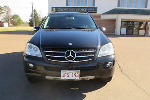 2008 Mercedes-Benz 300-Series SUV, Crossover