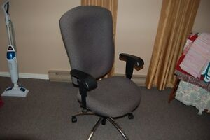 CHAIR FOR A STUDENT- Will deliver in North Bay