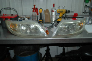 Headlight assemblies for International
