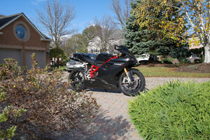 ducati 1098s R options + Superbike best in Canada  ART on wheels