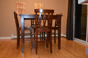 Bar table and 4 chairs