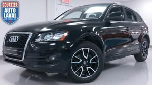 2010 Audi Q5 3.2 QUATTRO - PREMIUM - AWD - BLACK ON BLACK!