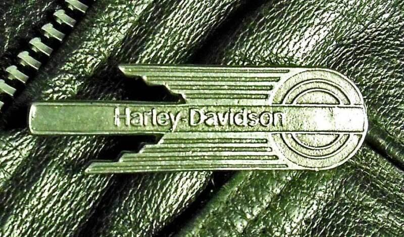 FIREBALL EMBLEM Harley-Davidson Vintage Motorcycle Pewter Biker pin 1016