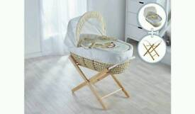 Little Rocker Moses basket with foldable stand