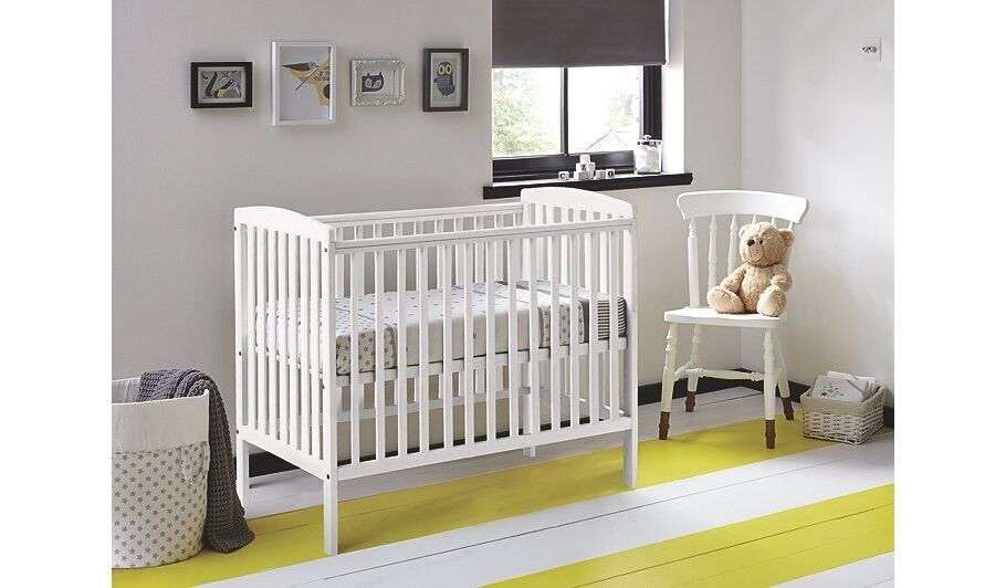buy online 5c658 ac5c9 Kinder valley Kai space saver compact cot - cream | in Eastleigh, Hampshire  | Gumtree