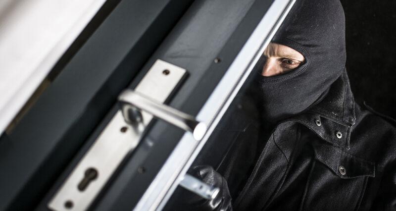 Einbrecher schlagen immer häufiger zu - doch auch die Schutzsysteme werden immer besser. (© Thinkstock via The Digitale)
