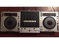 Pioneer CDJ 850 silver pair + mixer