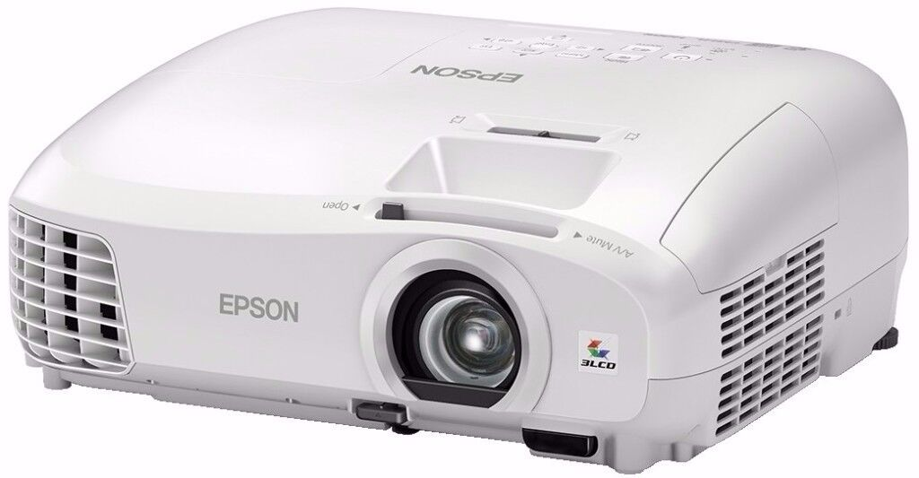 EPSON EH-TW5210 ALMOST NEW