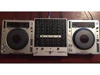 Pioneer CDJ-800MK2 pair & mixer
