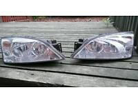 Ford mondeo mk3 front headlights