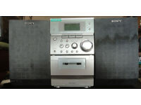 GOOD WORKING CONDITION, A NICE SONY MIDI HIFI MUSIC SYSTEM