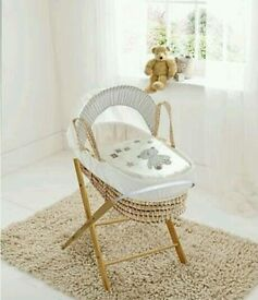 Kinder valley ABC teddy moses basket. Cream. With opal Folding stand. Brand new in sealed packs.