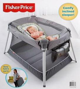 FISHER-PRICE ULTRA-LITE DAY & NIGHT PORTABLE PLAY YARD - BLACK/GREY