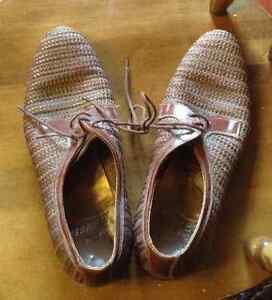 Tetraults Loungers Men's Shoes Unique Vintage