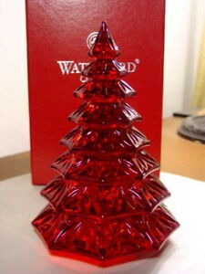 Waterford-Crystal-Red-CHRISTMAS-TREE-SCULPTURE-NEW
