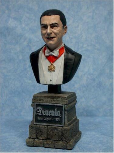 Sideshow Universal Monsters Dracula Vampire  Horror Bela Lugosi  Bust Figure