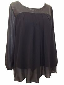 Plus Sizes 14/16 , 18/20 ,22/24 , 26/28 Captive Black Quilted Panel Chiffon Babydoll Top