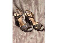 TOPSHOP Size 7 Cross Strap Glitter Sandals £15