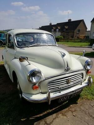 Morris Minor 1000 1969, four door.