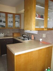 3 Bedroom House, Salmon Arm, Available Dec 15