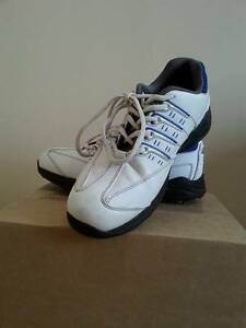 Boy Girl Junior Golf Sport Shoes Niblick Size 7,5 White/Blue Paradise Point Gold Coast North Preview