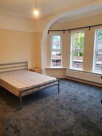 Bedrooms, bills included, near Oxford Rd, MRi Hospital University, newly refurbished