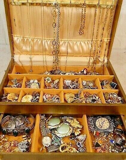 jewellery lot - Nice Jewelry Lot ALL GOOD Wear Resell Vintage Now 5 Pc Custom Brooch Necklace ++